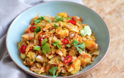 Braised Cabbage and Potatoes with Chilli